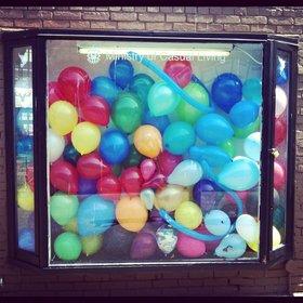 Aubrey Burke & Nicholas Robins : Balloon Installation - Oct 26th @