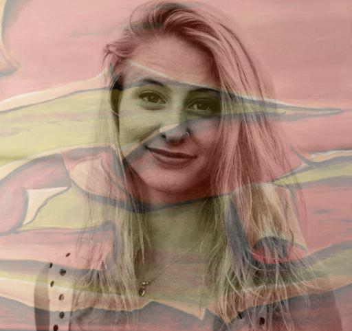 Profile Image: Arielle Houghton