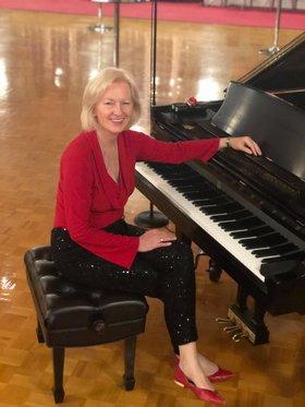 Piano Night: Jan Stirling @ Oswego Hotel's  O Bistro Feb 17 2019 - Oct 28th @ Oswego Hotel's  O Bistro