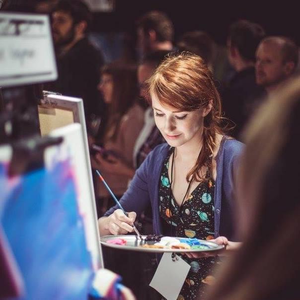 Profile Image: Laura Bonnie