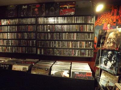 Photo -   BLACK RAVEN RECORDS