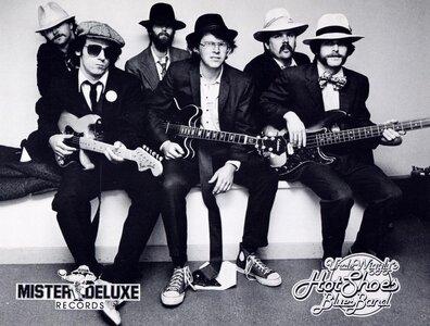 Photo- Unclewigglymrdeluxeprpic  -   Uncle Wigglys Hot Shoes Blues Band