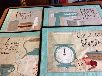 Lynne's Placemats (4) by  Della Cronkrite
