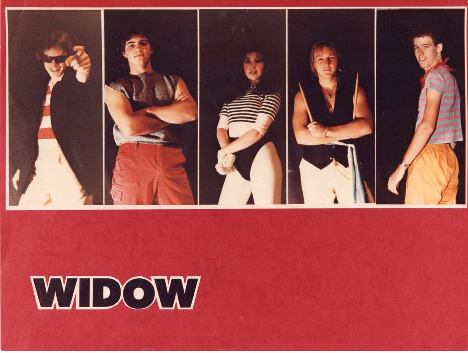 Profile Image: Widow