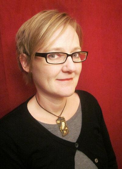 Profile Image: Yvonne Blomer
