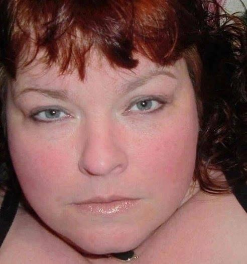 "Profile Image: Zoe Duff  ""PolyKiss"""