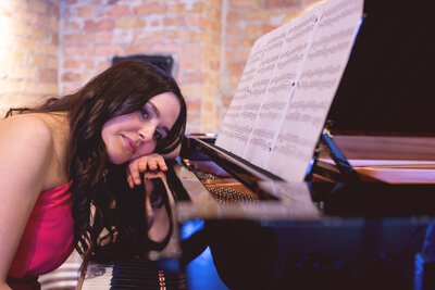 Profile Image: Melody Moffatt