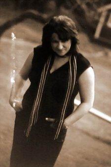 Profile Image: Julie Hughes