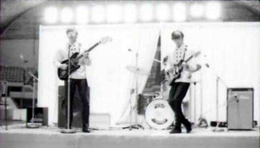 Photo- Dirtyballadbobmemorial1967b  -   Dirty Ballad
