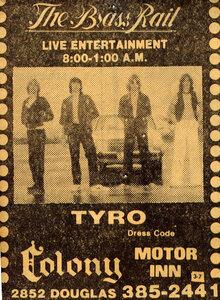 Photo- Tyrrobrassrailclean  -   Colony Motor Inn