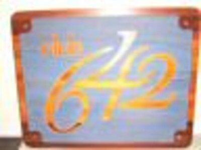 Photo- 642signebay  -   Club 642