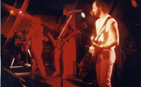 Photo- Stonebolt Sunset 15  -   Sunset Cabaret