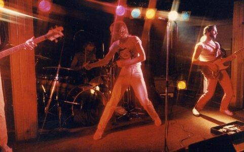 Photo- Stonebolt Sunset 2  -   Sunset Cabaret