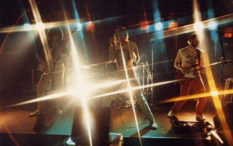 Photo- Stonebolt Sunset 16  -   Sunset Cabaret