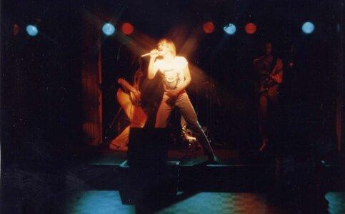 Photo- Stonebolt Sunset 5  -   Sunset Cabaret