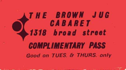 Photo- Brownjugcompass1  -   Brown Jug Cabaret